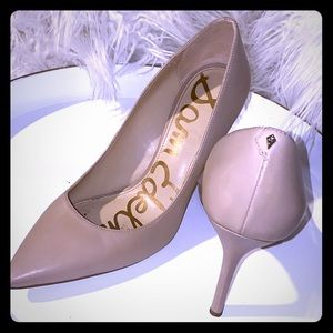 Must Have Essential Nude Pumps by Sam Edelman